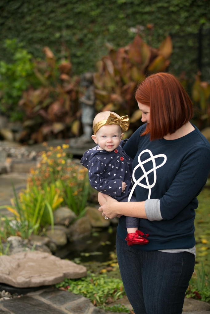 How cute is this mommy and me nautical look? I love the graphic sweatshirts and combo of navy and blue!