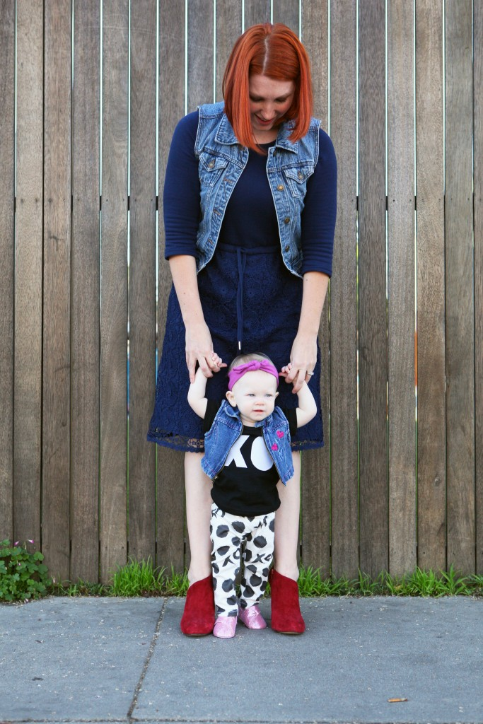 How cute is this mommy and me valentines day outfit? I love the blue lace dress, and those black and white baby leggings? ADORABLE!