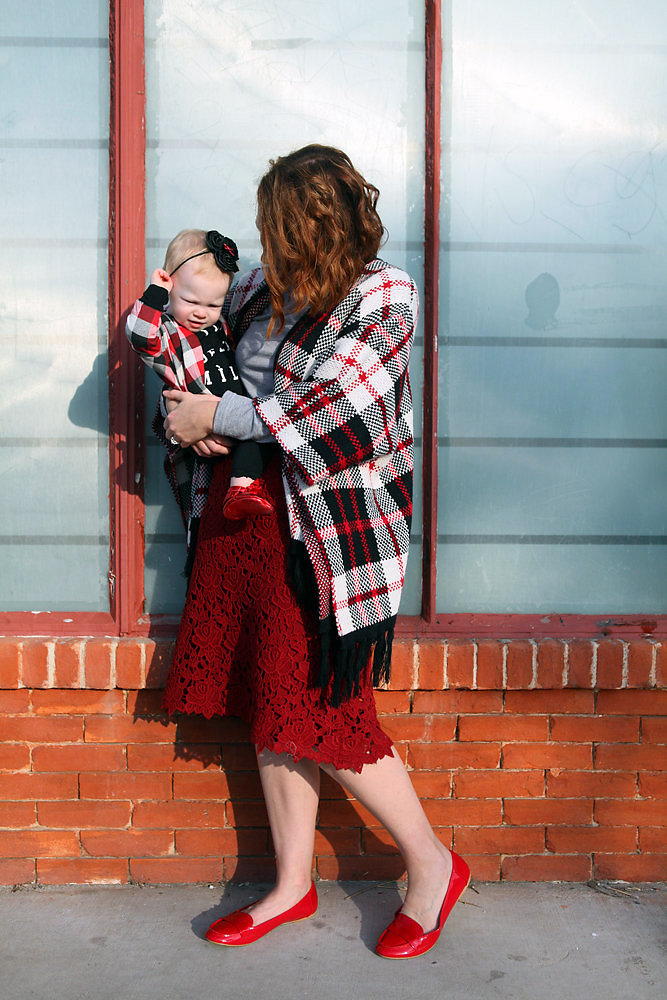 How cute is this mommy and me look? I love the plaid poncho, and those red baby moccs? Too cute!