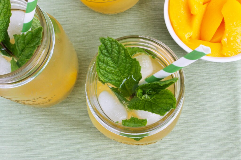 Doesn't this peach mojito look amazing? It's the perfect summer cocktail recipe!