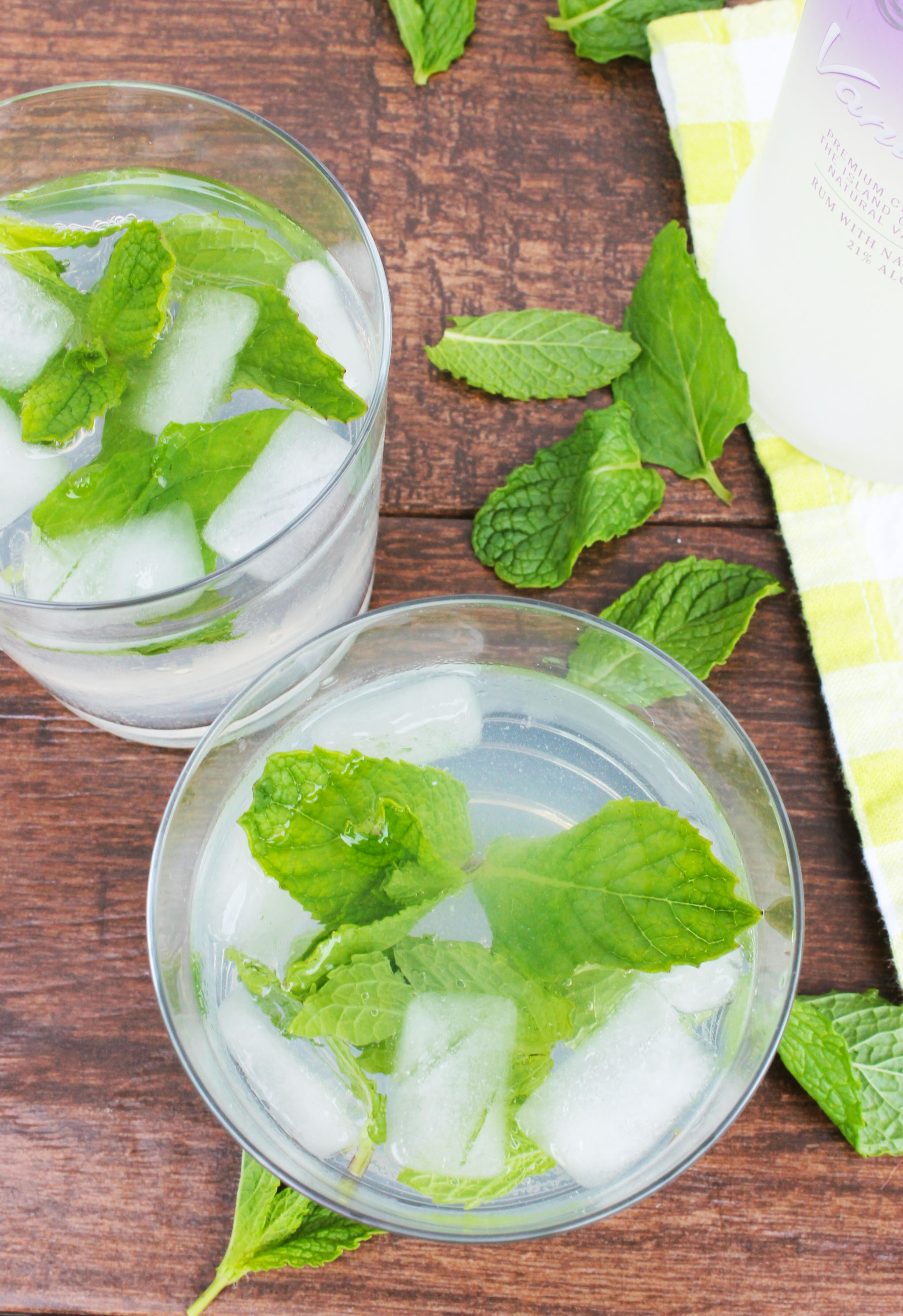 Doesn't this vanilla mojito look amazing? It's the perfect sweet cocktail recipe!