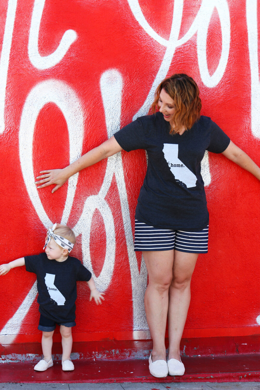 I love this casual mommy and me outfit! Those state tees are too cute, and the matching slip ons? To die for!
