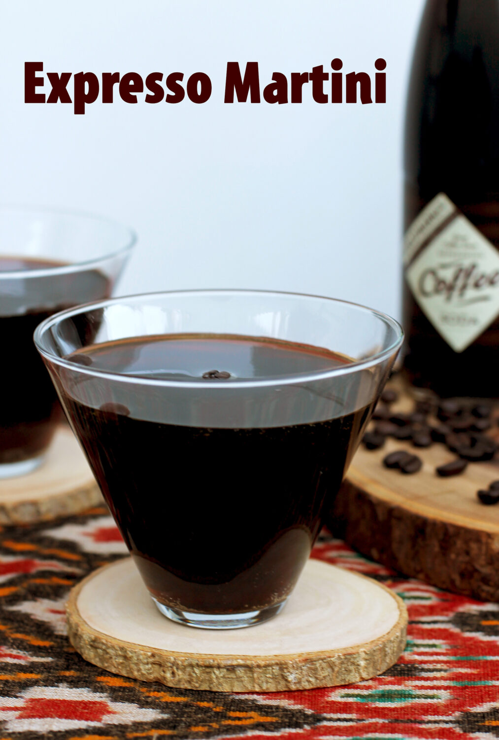 This expresso martini is the perfect after dinner cocktail? Garnished with Italian expresso beans, it's light and refreshing!
