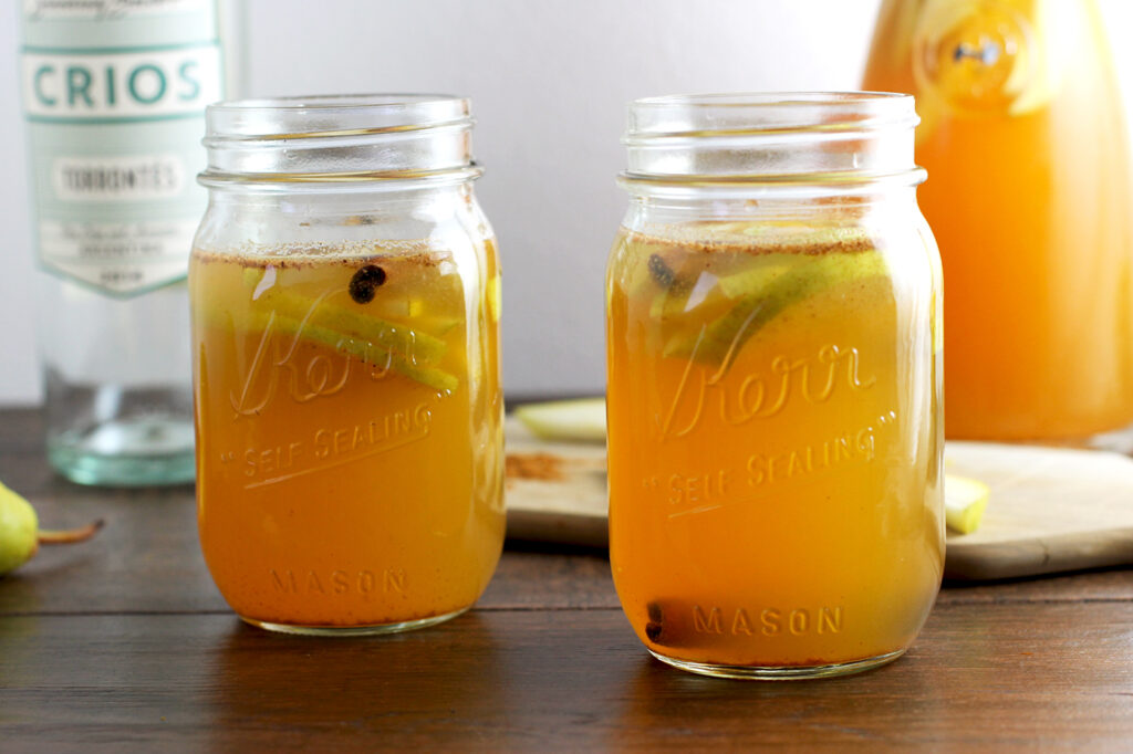 Delicious Fall Sangria Recipe