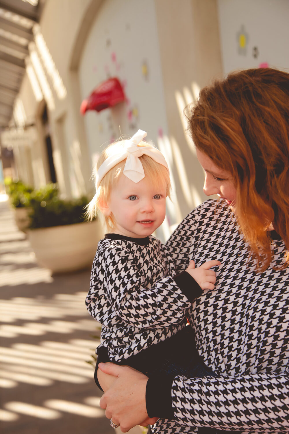 looking for a mommy and me sweater set? This houndstooth sweater is adorable, and can be worn season after season!