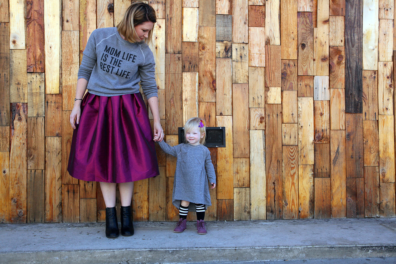 mom-life-sweatshirt8
