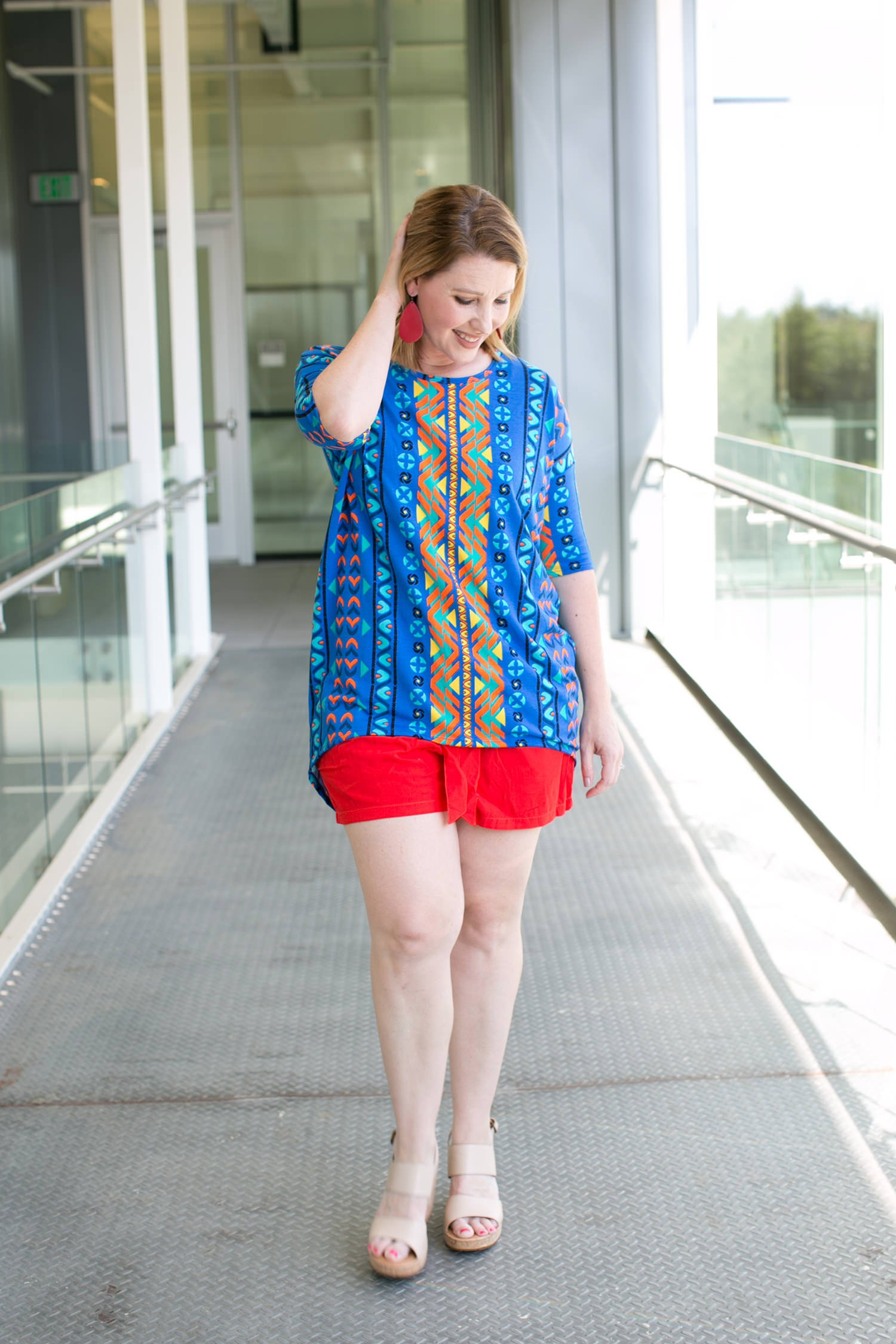 Red Shorts and Four Other Spring Outfit Ideas by fashion blogger Carly from lipgloss and Crayons