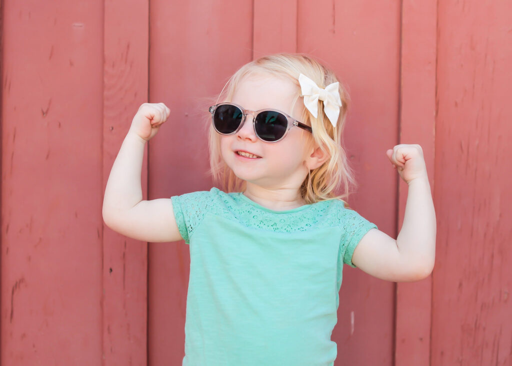 Wondering how to raise strong women? These simple tips are KEY!