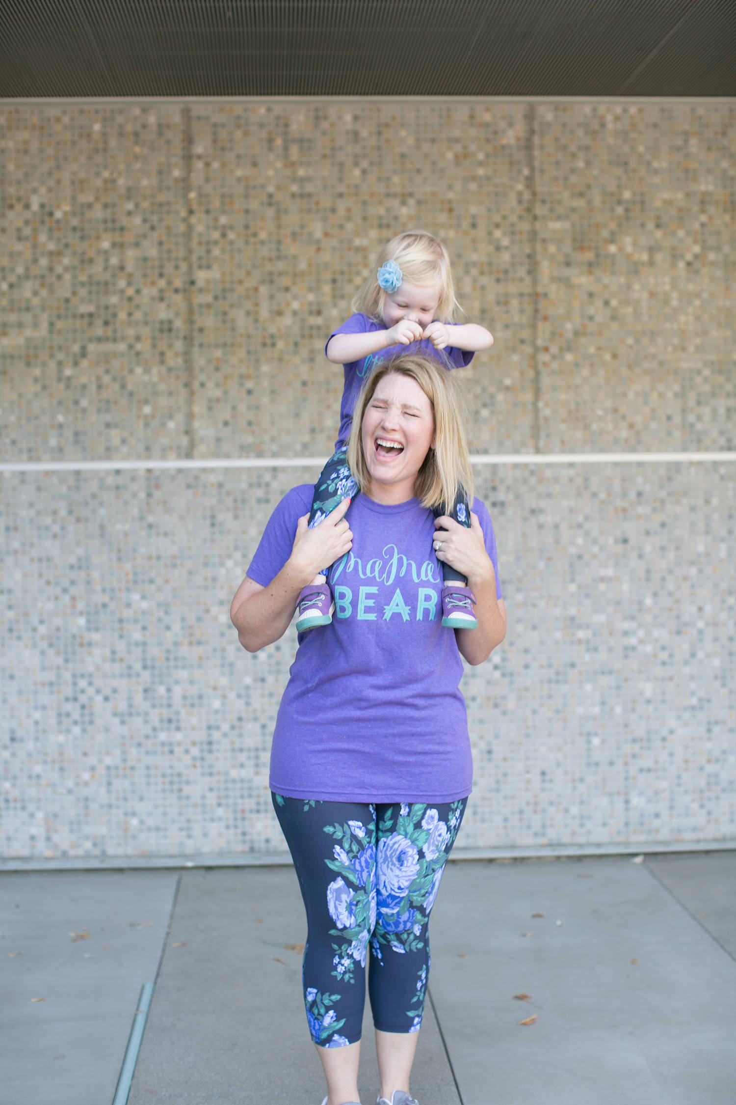 How cute is this mama bear tee? Perfect for a casual outfit!