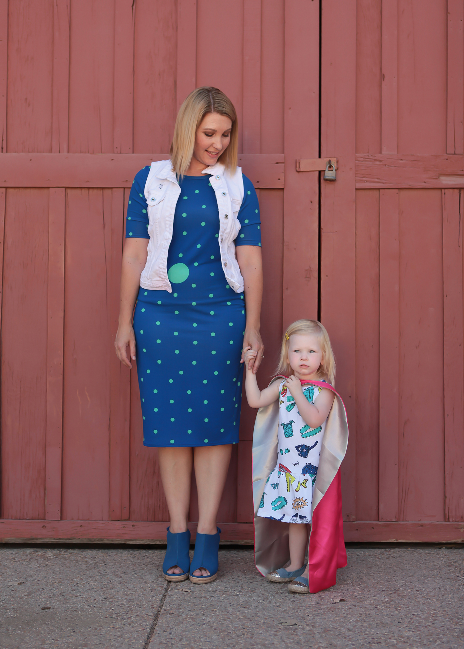 I love this polka dot Julia dress from Lula Roe!