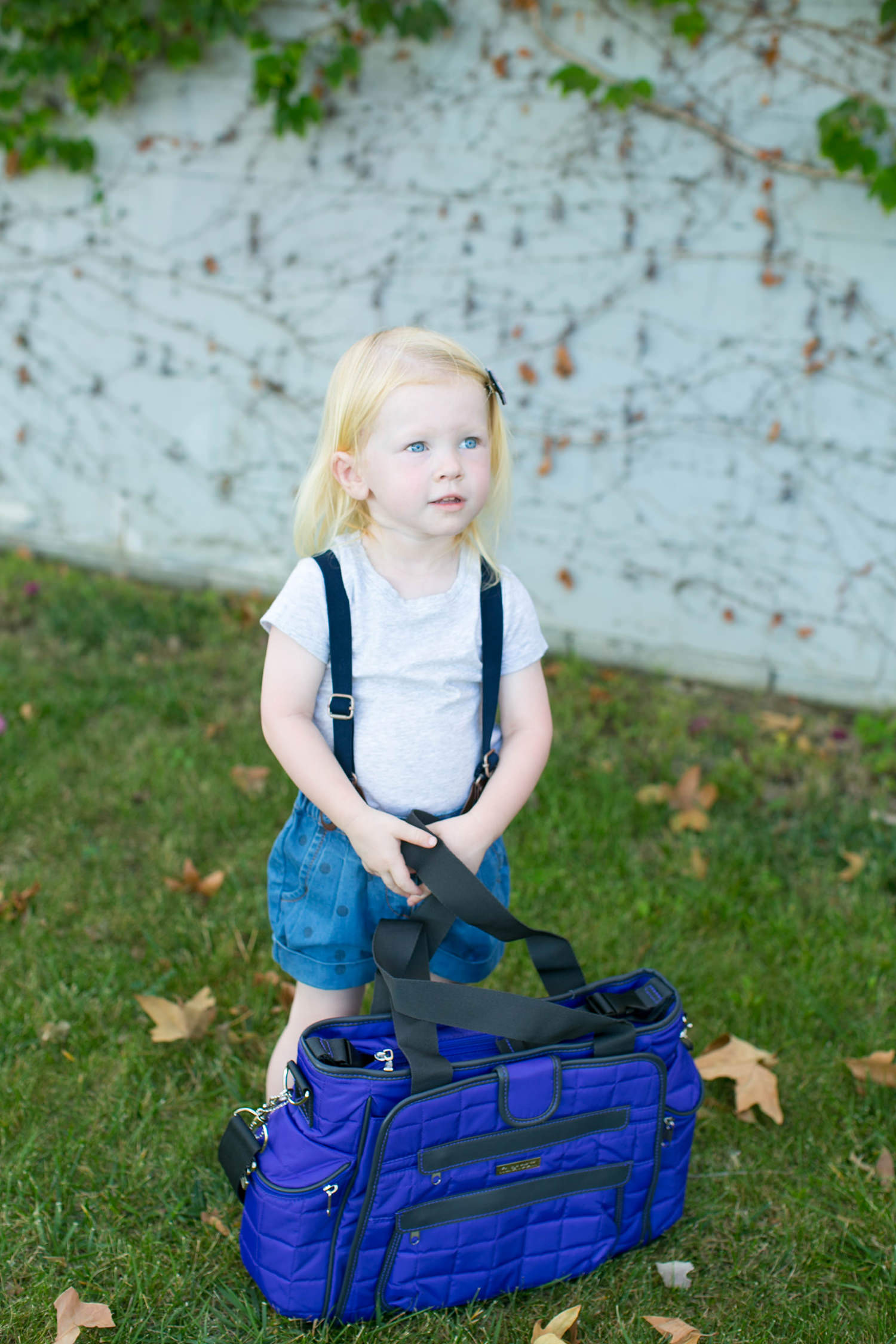 Those toddler suspenders are to die for!