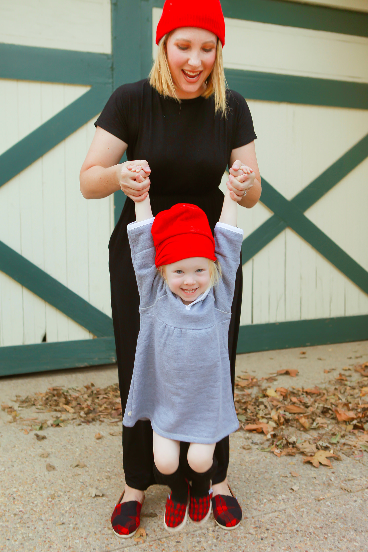 These mommy and me beanies are ADORABLE!