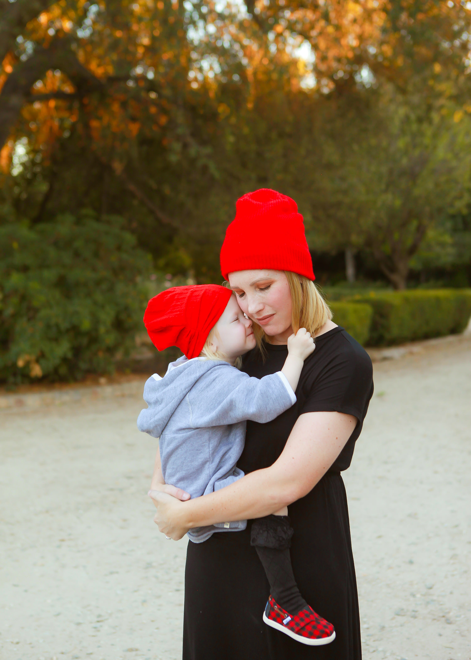I love these mommy and me red beanies!
