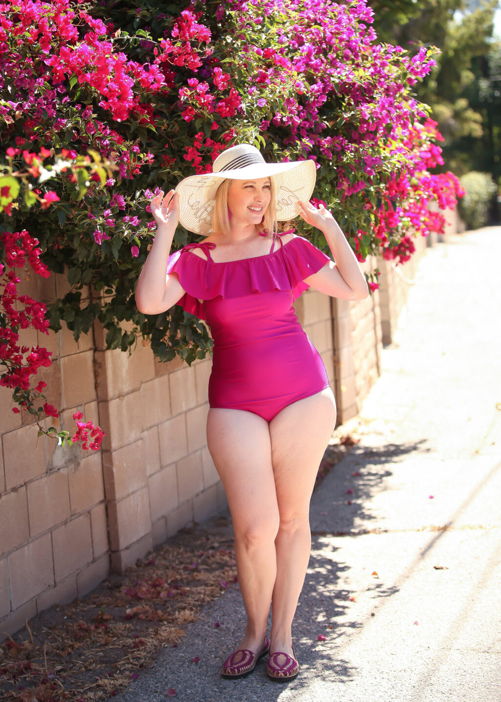 Looking for a bathing suit for pear shaped body types? This guide will change your life (and your summer wardrobe)!