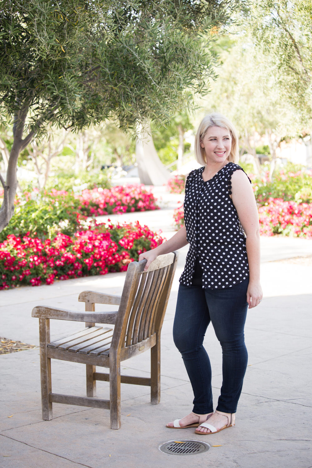 Lifestyle blogger Carly of Lipgloss & Crayons brings you a Stitch Fix Review for June of 2017. See what she kept from her fix for this month!: Isn't this Daniel Rainn Carlie Flutter Sleeve Blouse adorable? I love a great polka dot blouse!