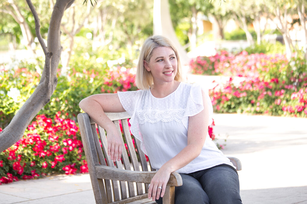 Lifestyle blogger Carly of Lipgloss & Crayons brings you a Stitch Fix Review for June of 2017. See what she kept from her fix for this month!: Isn't this Daniel Rainn Carlie Flutter Sleeve Blouse adorable? I love a great white blouse!