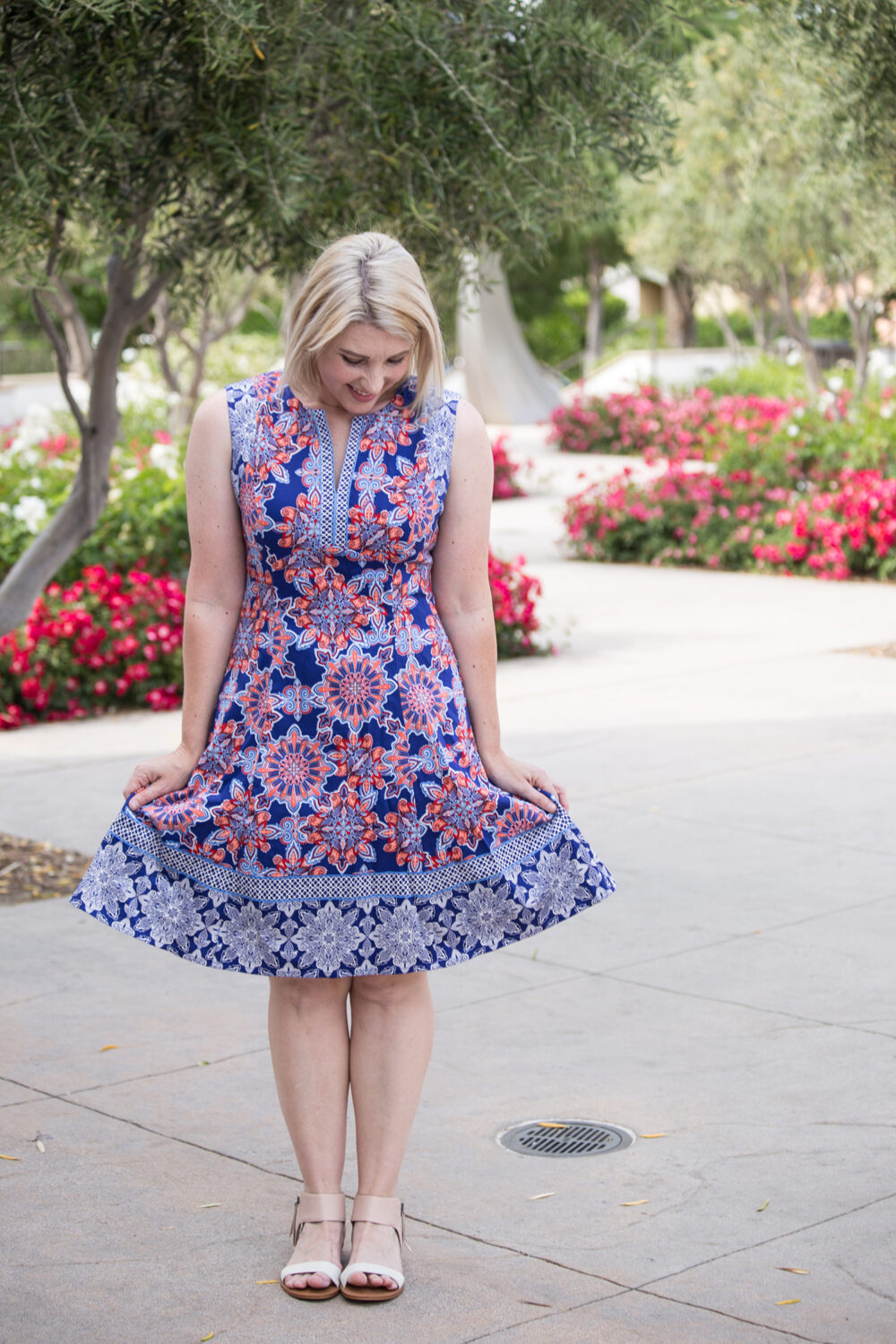 Lifestyle blogger Carly of Lipgloss & Crayons brings you a Stitch Fix Review for June of 2017. See what she kept from her fix for this month!: Isn't this Adorne Cornelia Dress adorable? I love a great summer dress!