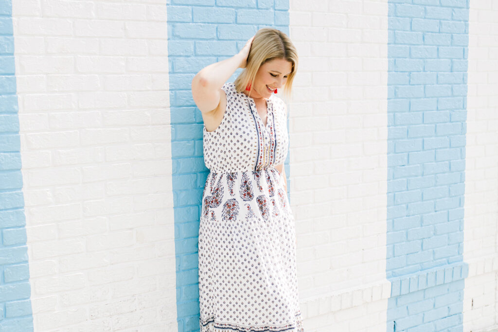 Looking for fall wardrobe staples? This maxi dress is PERFECT!