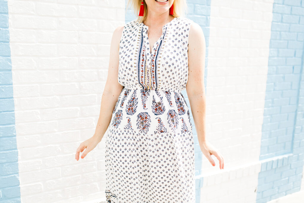 This maxi dress is GREAT for a pear shape body!