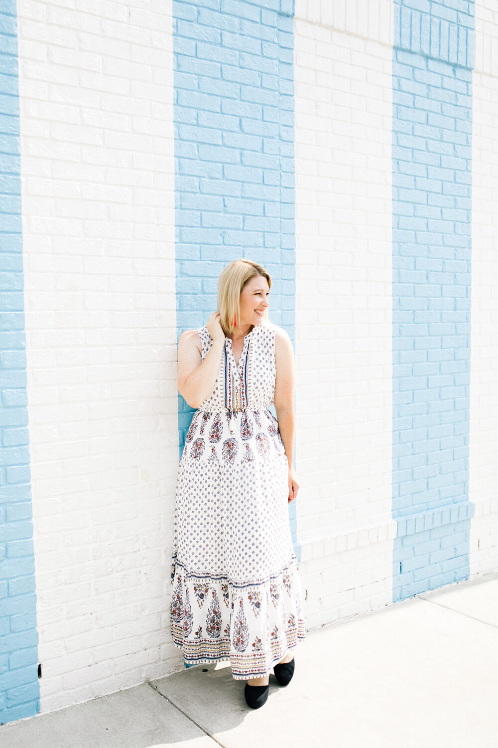 Casual Fall Outfit: I love this maxi dress for easy layering!