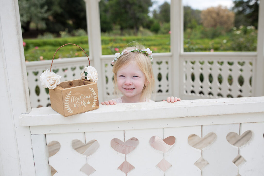 I love love love this rustic flower girl basket!