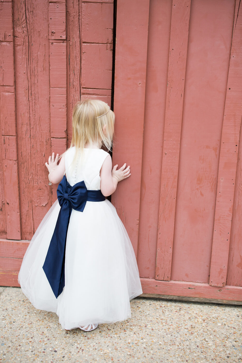 Fall Wedding Dresses: Flower Girl Dress and Wedding Guest Ideas ...