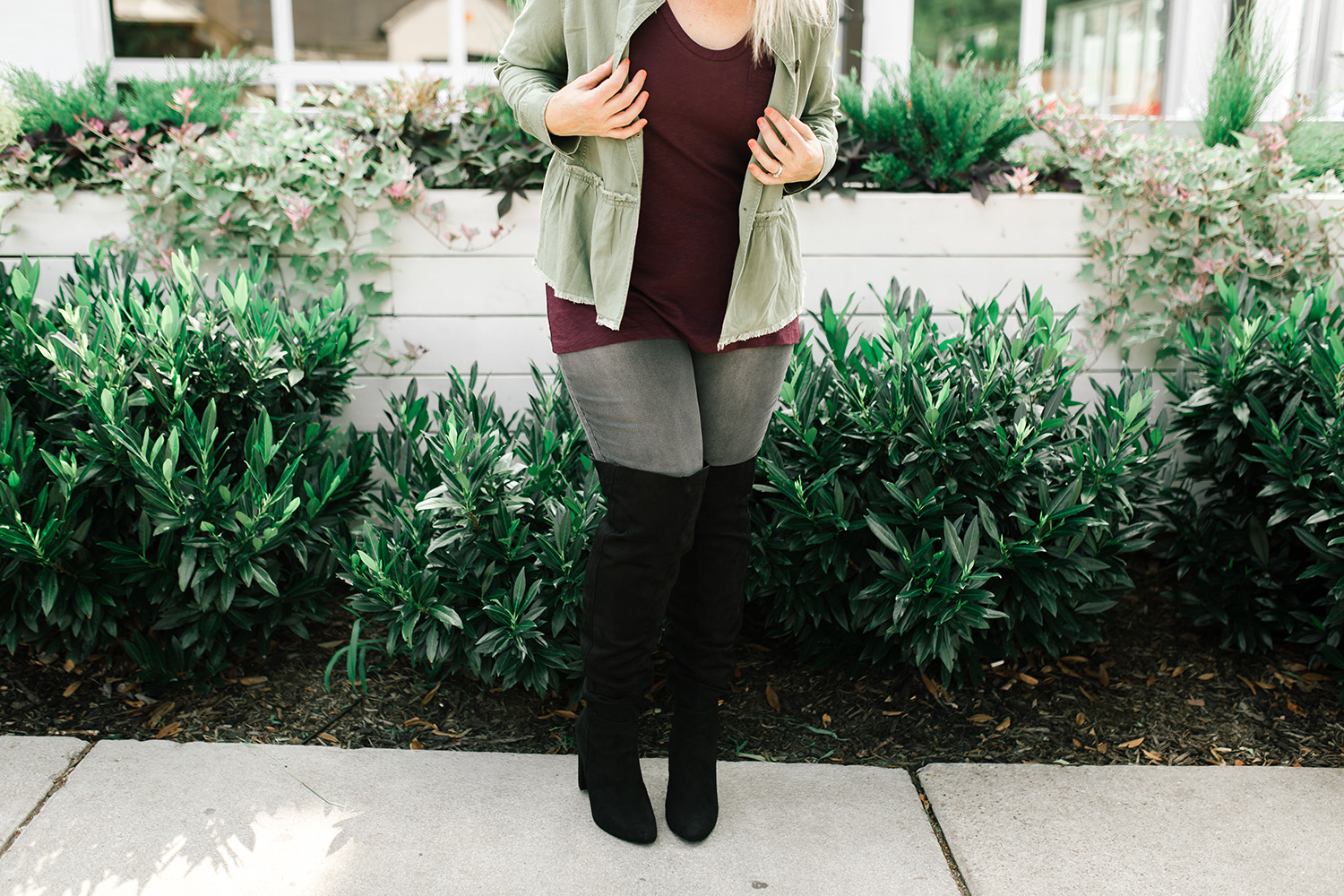 Looking for fall fashion ideas? Lifestyle blogger Carly of Lipgloss & Crayons shares this peplum jacket that is PERFECT for casual fall outfits!