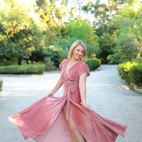 Holiday Dresses: Pink Velvet Dress