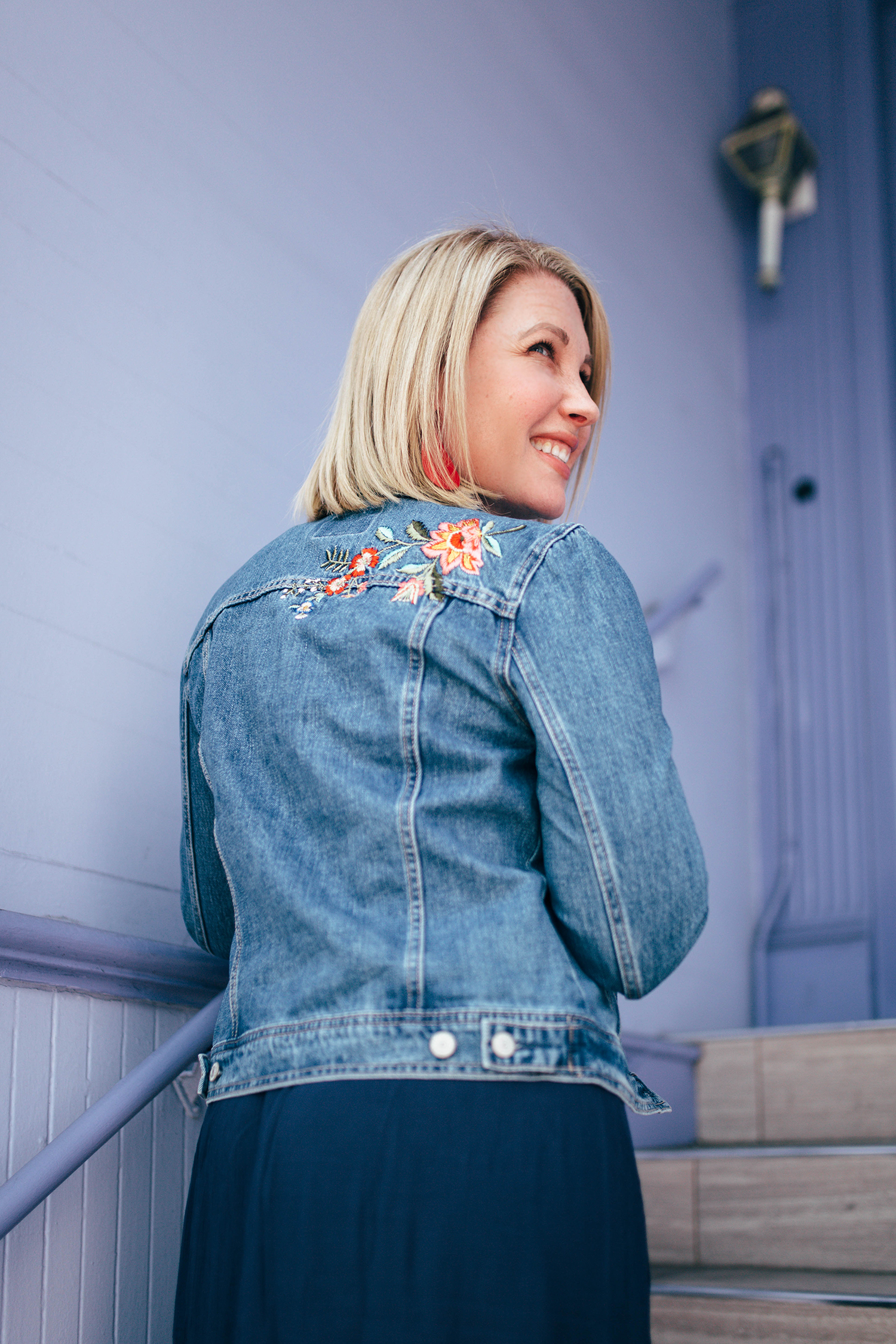 Looking for Fall Outfit Staples? An embroidered jean jacket will get TONS of wear (and compliments)!