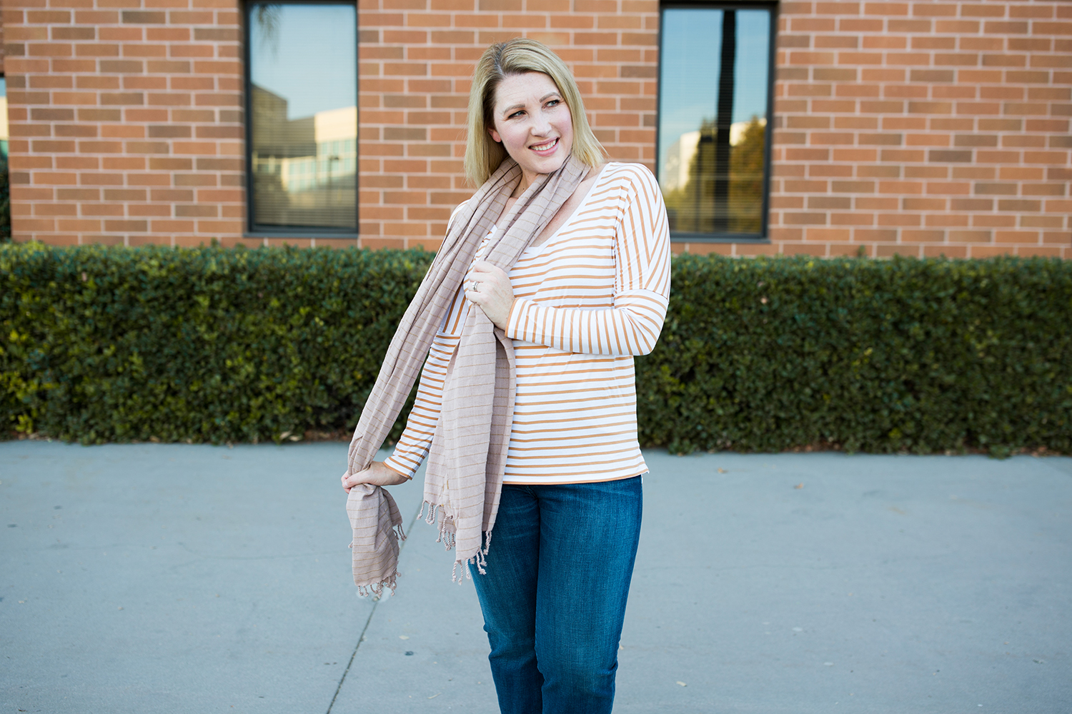 Fall Outfit: This striped tee is a great fall wardrobe staple!