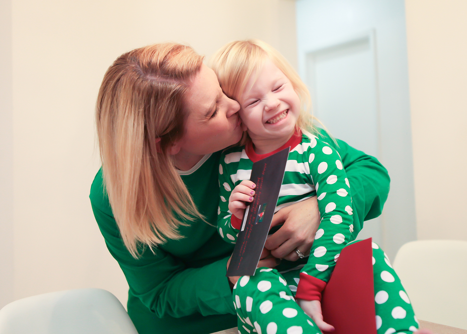 Family Photo Ideas: I love these options and ideas for easy holiday pictures!