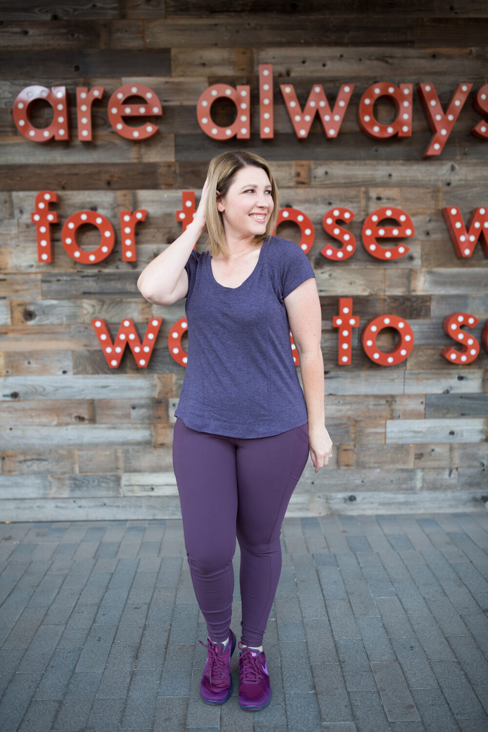 Are Zella high waist leggings worth all that money? Plus, get the details on these purple Zella leggings!