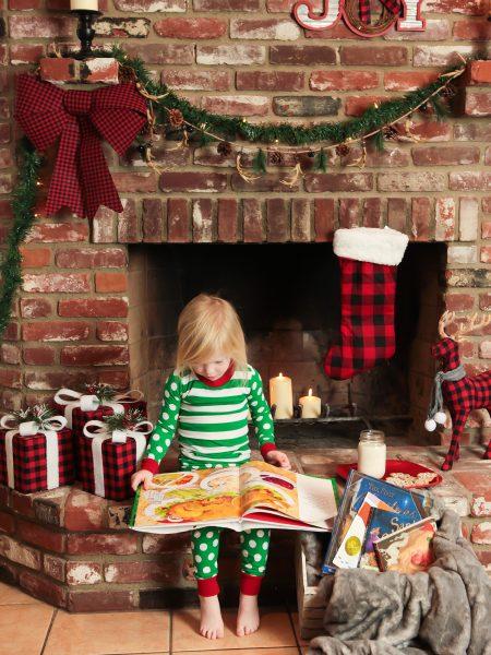 Bright Christmas Fireplace