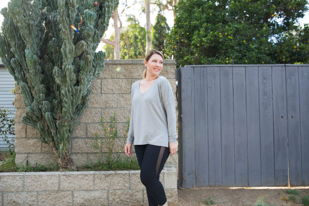 Are Zella black workout pants worth it? Find out from Los Angeles Lifestyle blogger, Lipgloss & Crayons as she reviews this workout wear powerhouse.
