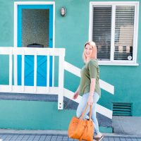 Spring Outfits: Light Blue Jeans for a Pear Shaped Body