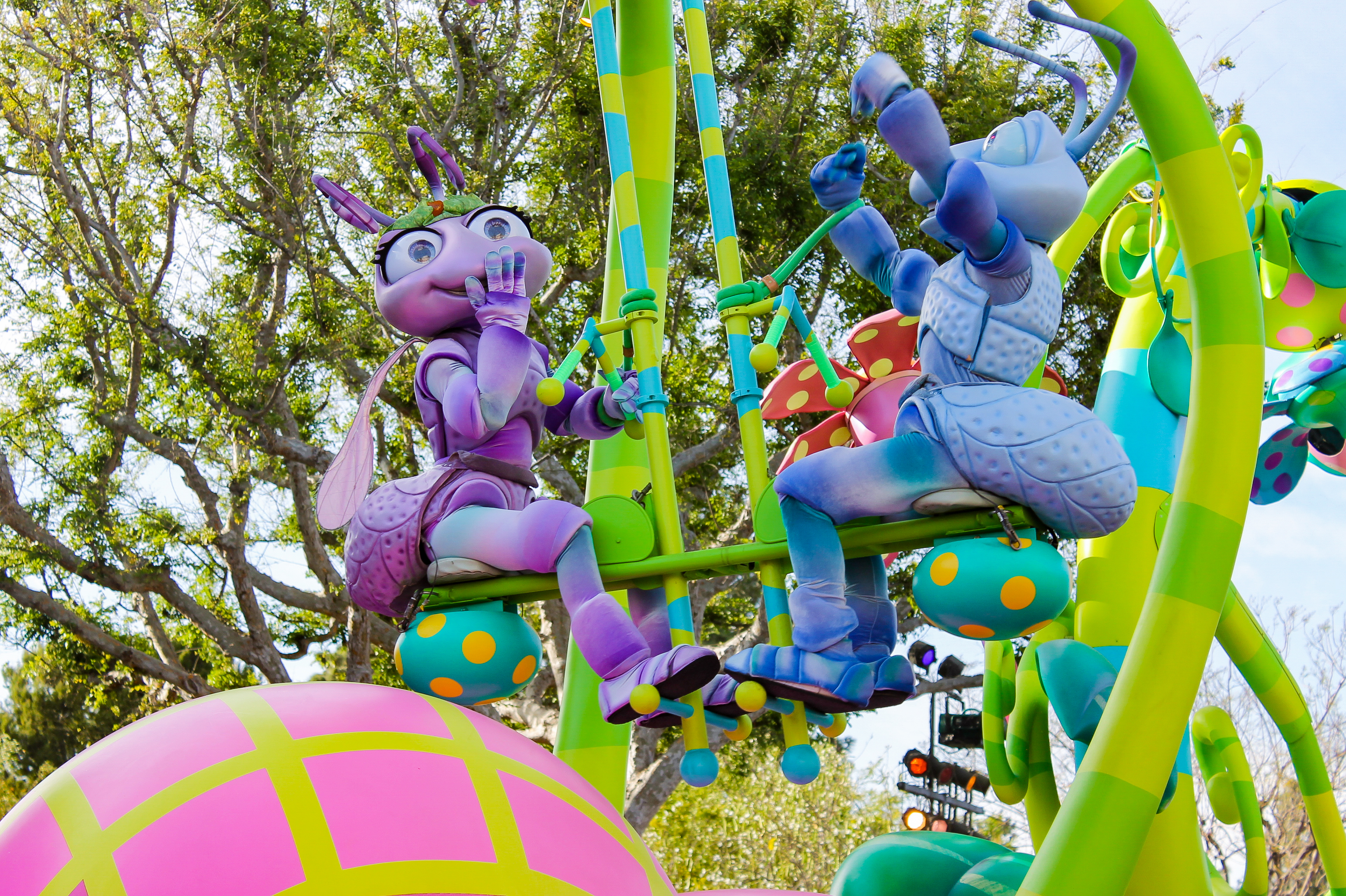 Disneyland Pixarfest: A Bug's Life Float