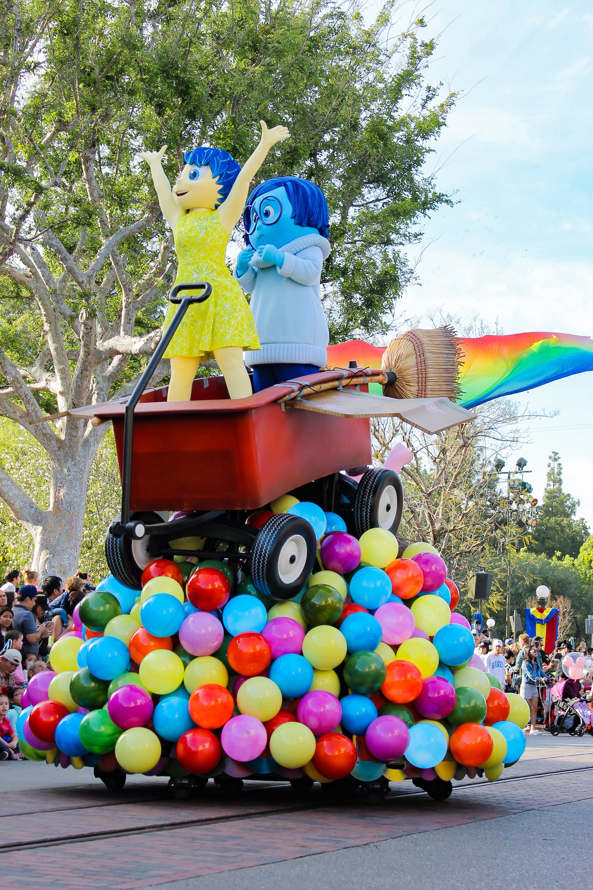 Disneyland Pixarfest: Inside Out Float