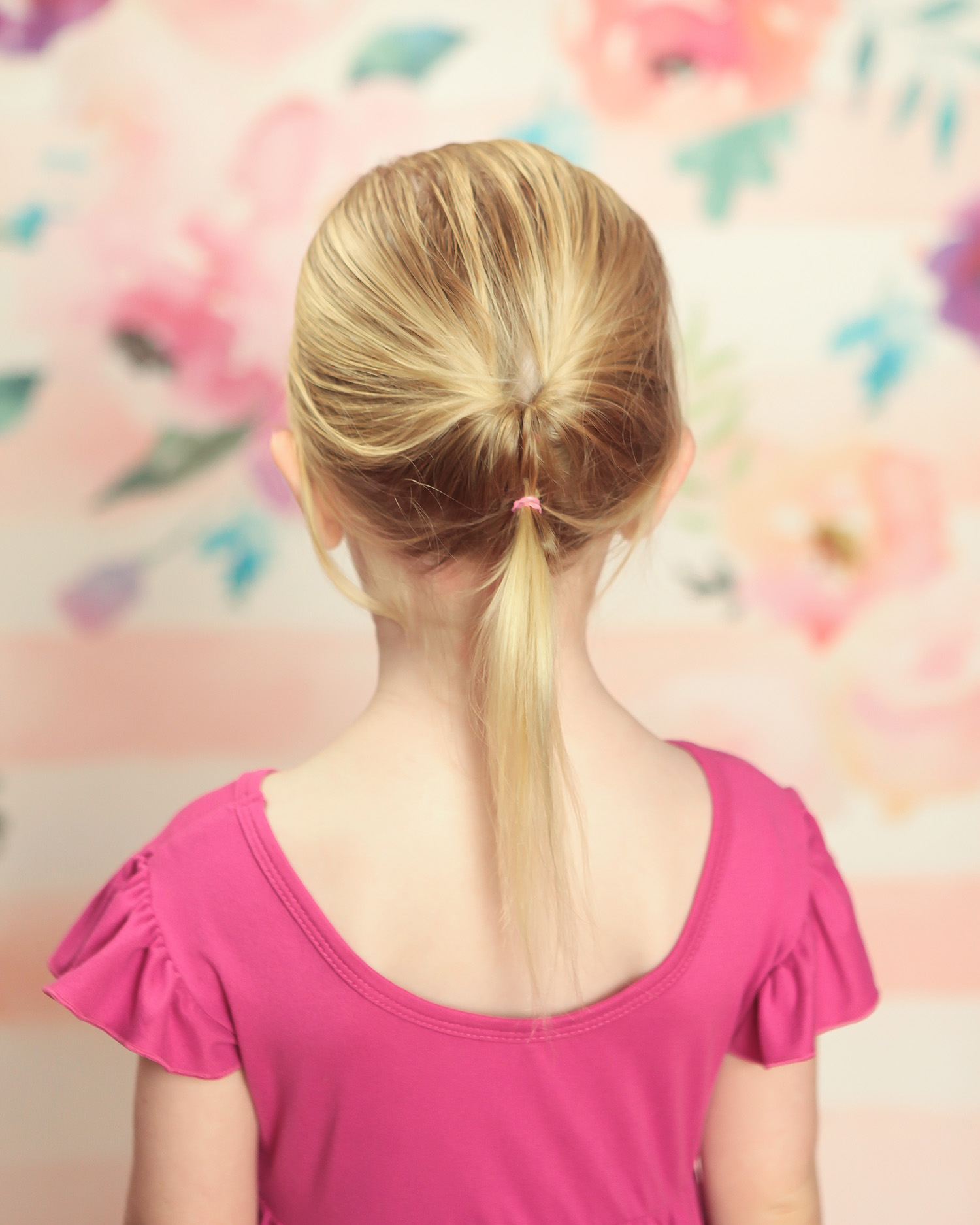 Toddler Hairstyles: This twisted ponytail takes less than 3 minutes!