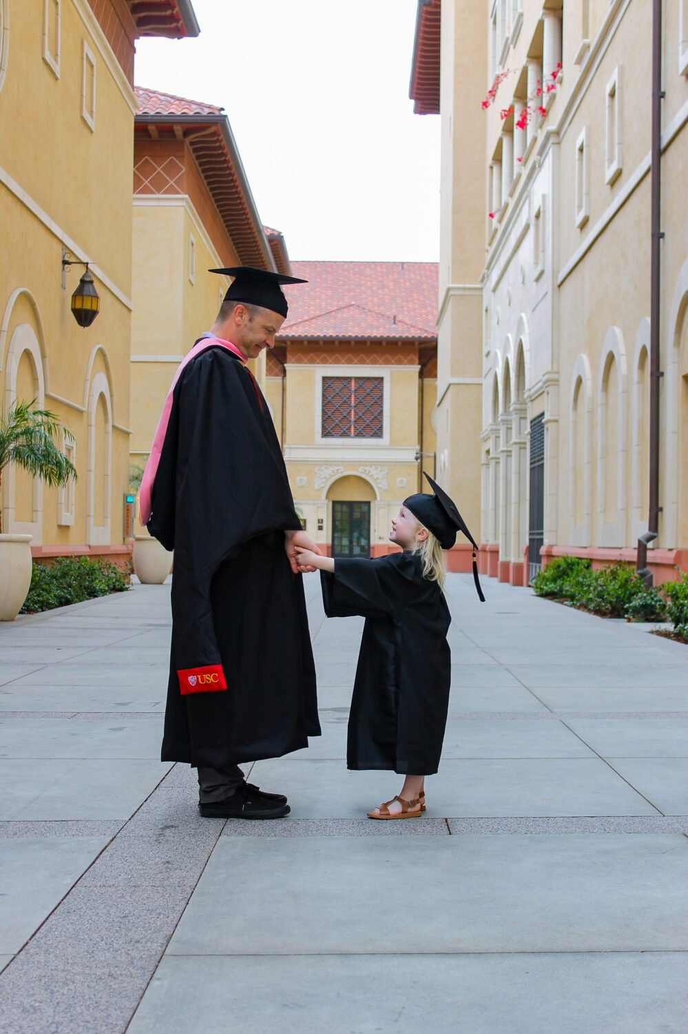 Graduation Photo Idea: Daddy and Daughter Picture