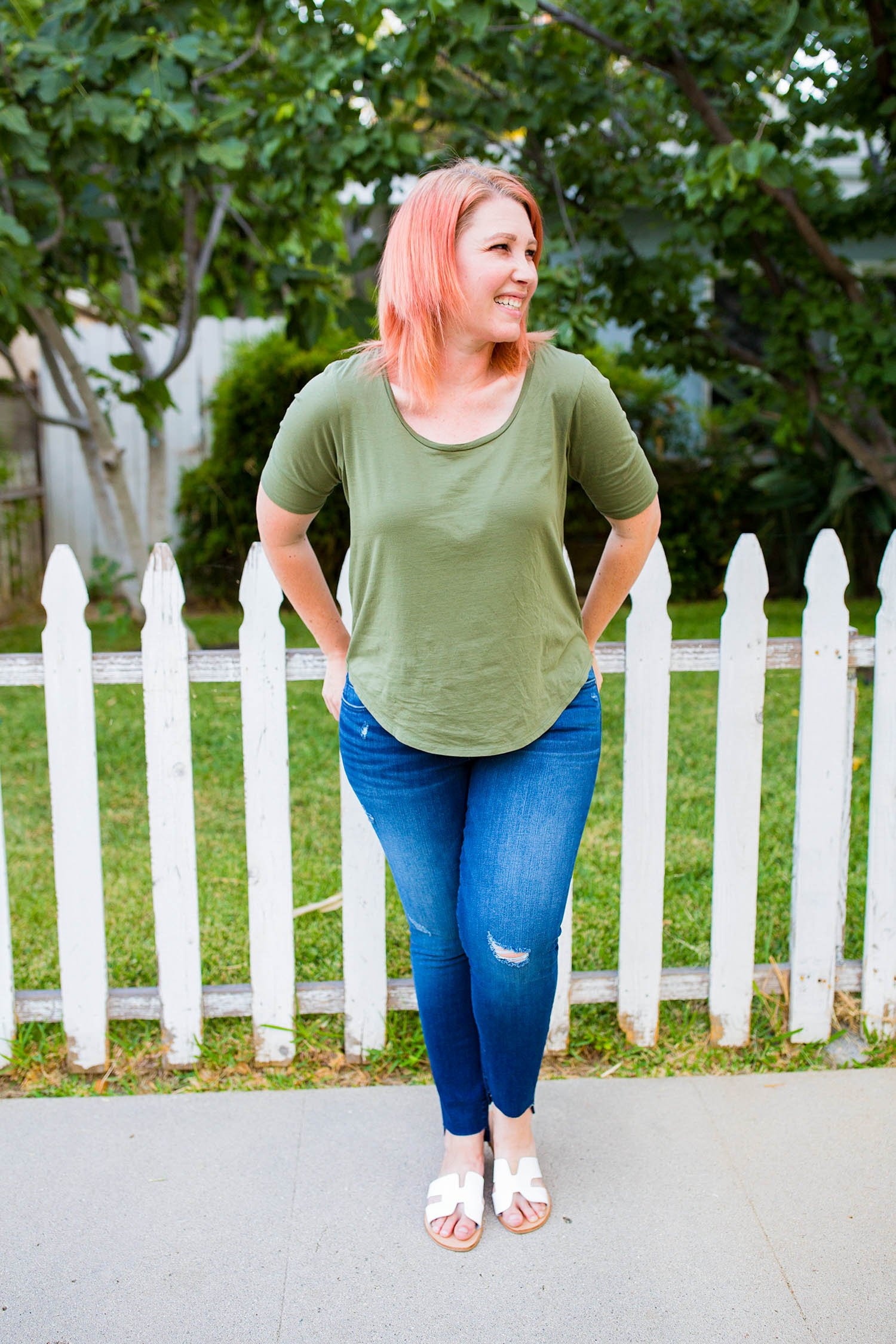 Looking for a great pair of jeans for a pear shaped body? These skinny jeans fit like a dream!