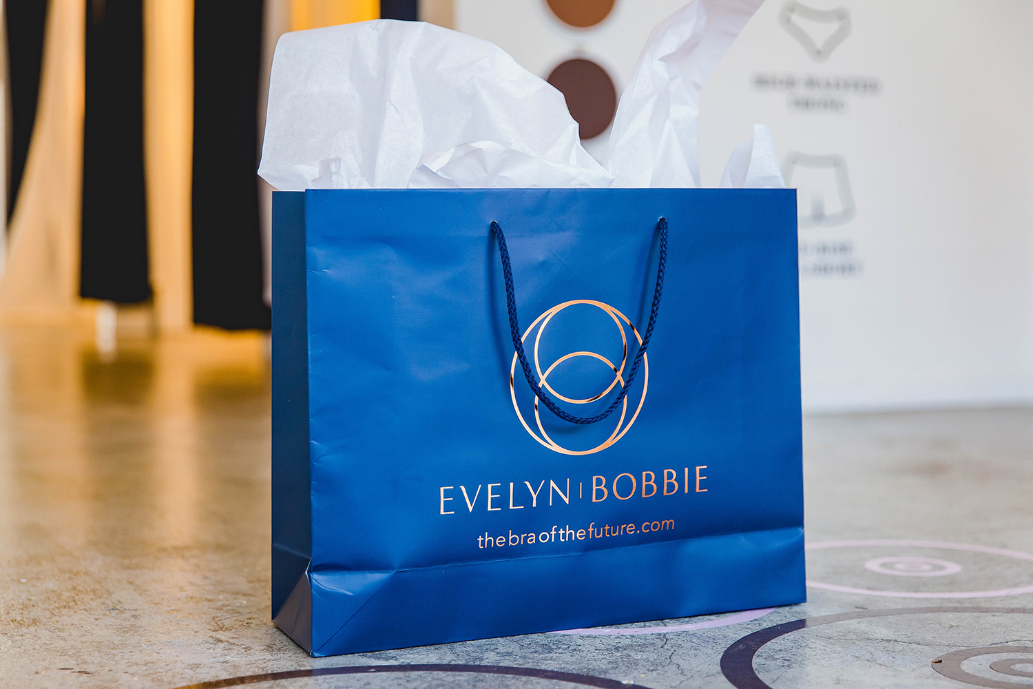 Looking for the most comfortable bra EVER? Evelyn and Bobbie makes the best wireless bras that will literally CHANGE your life.