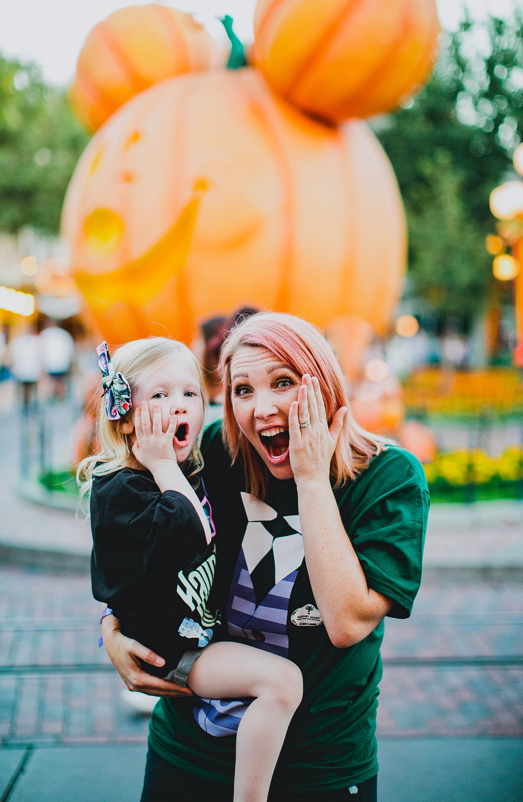 Heading to the Happiest Place on Earth? Check out the Ultimate Guide to Disneyland Halloween 2018 for must sees, must rides, and must eats!