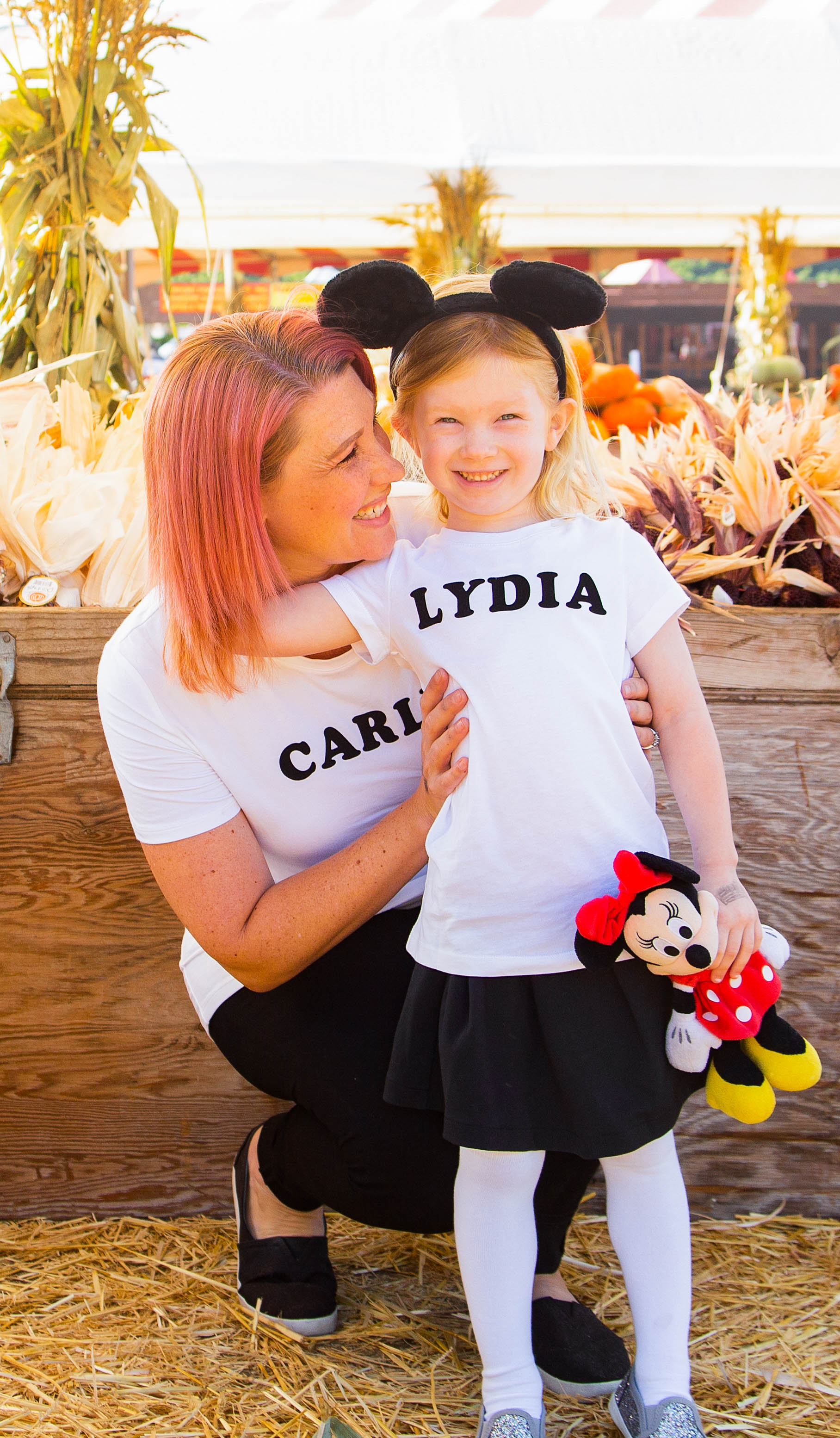 This family halloween costumes diy is PERFECT if you're on the hunt for disney halloween costumes. It takes under 5 minutes to make and who doesn't love a good mouseketeer costume?