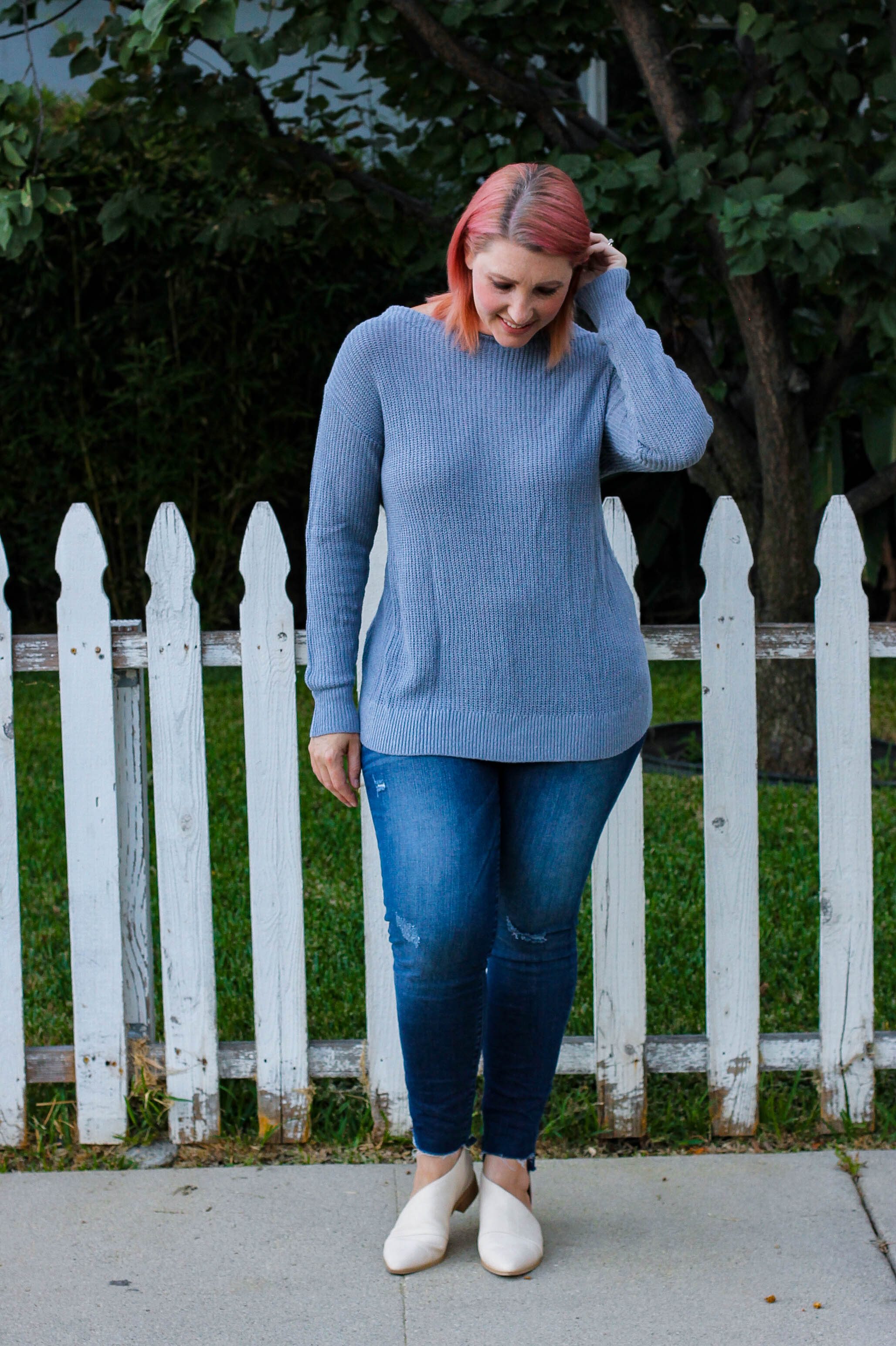 Stitch Fix Review October 2018: Isn't this Fallan Twist Back Plunging V Neck Pullover perfect for fall outfits?