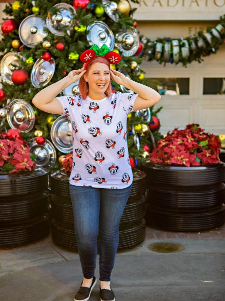 Disneyland Christmas: The Ultimate Guide