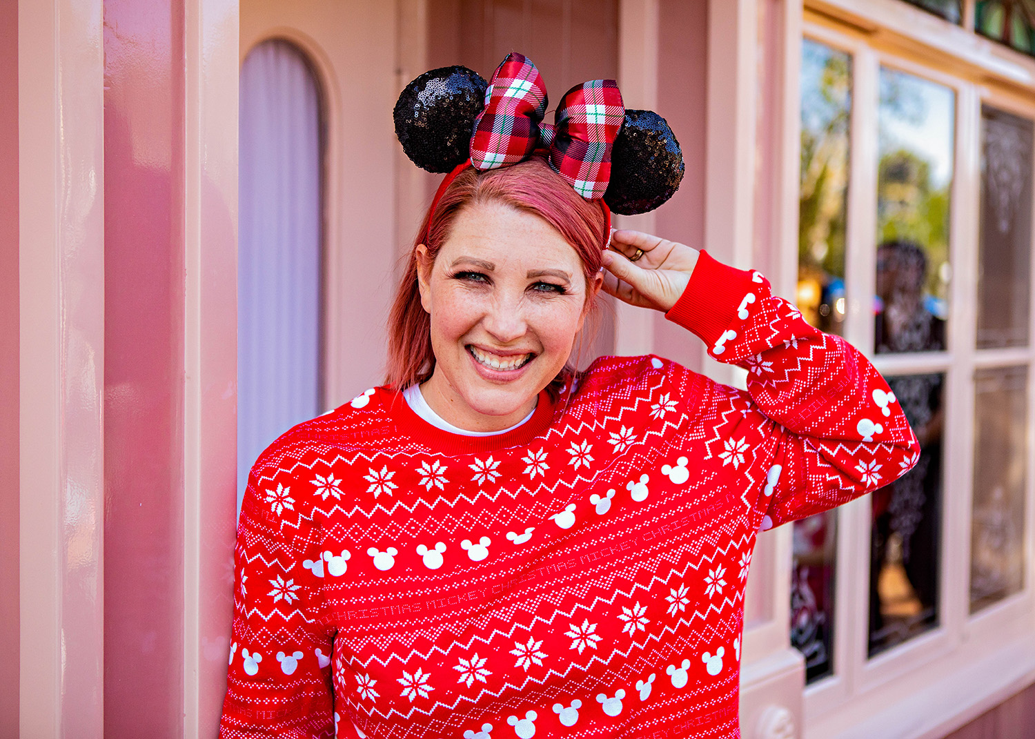 Looking for the perfect Disneyland outfits to wear for Disneyland Holidays? I'm breaking down what to wear to Disneyland Christmas 2018 by park, and sharing my must haves for fun days at this year's celebration!