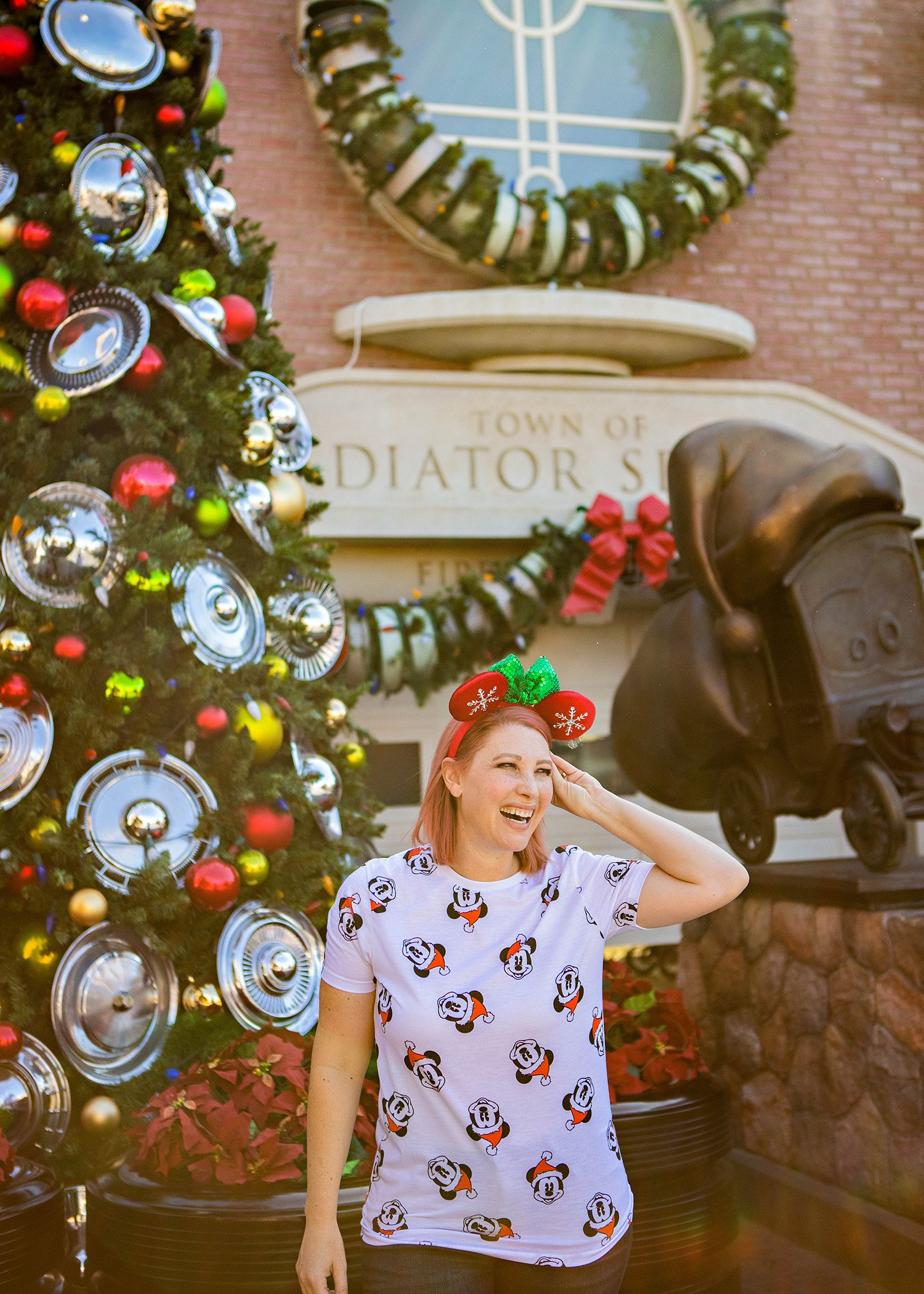 Looking for fun Disneyland outfits? This Mickey Christmas Tee is PERFECT for Disneyland Christmas trips!