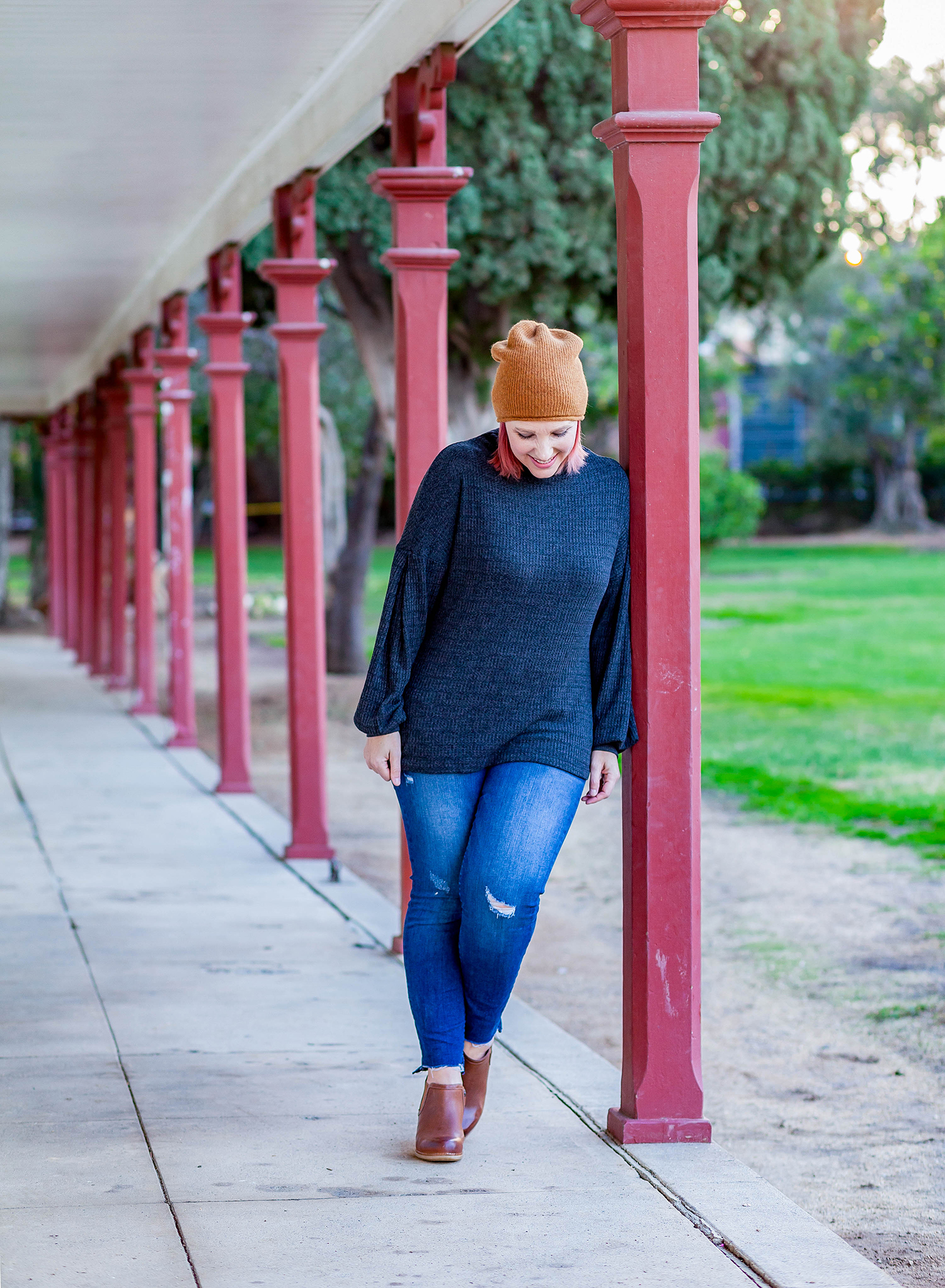 Looking for a simple winter outfit? I love these brown booties with jeans and a beanie!