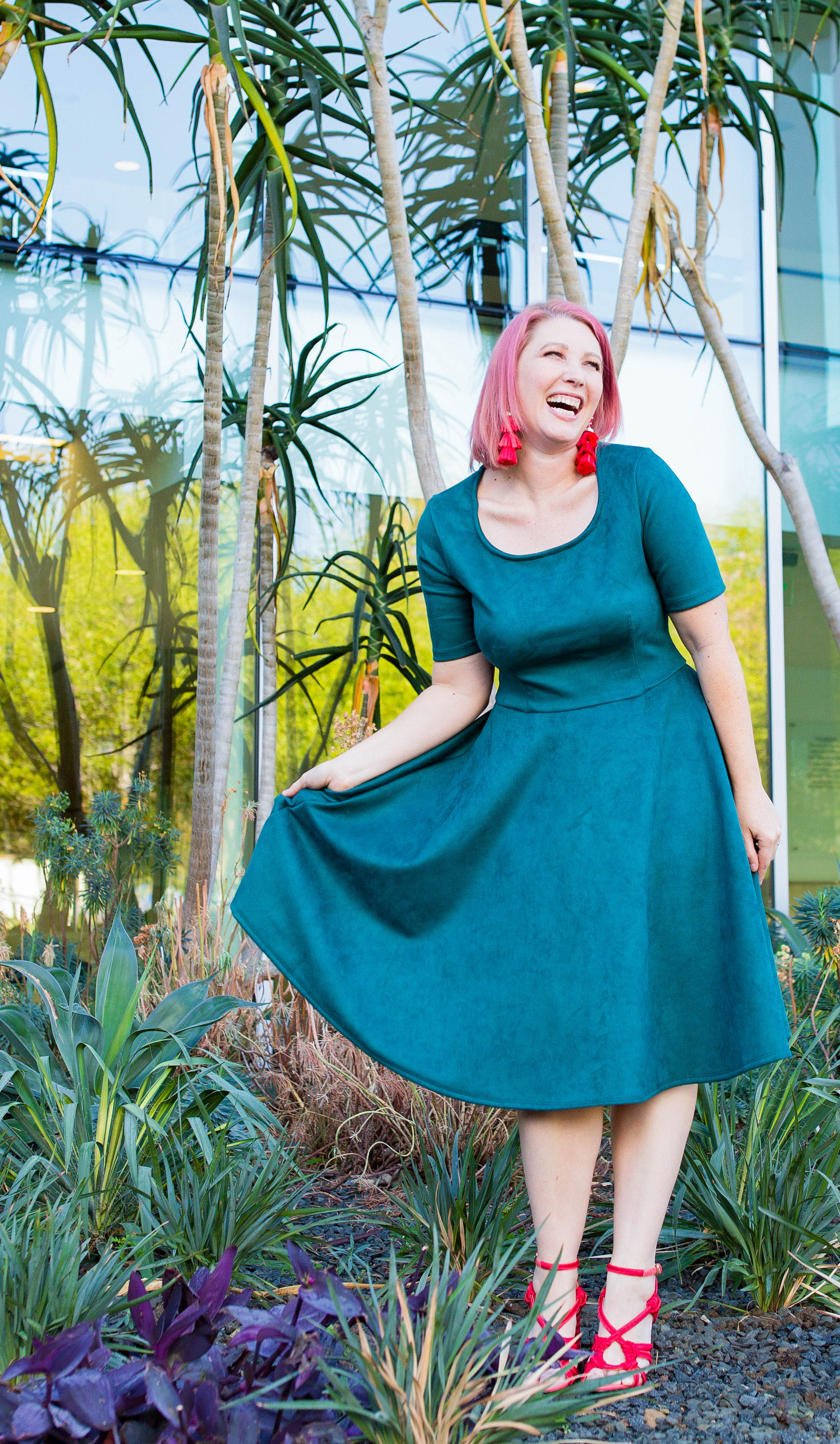 Got a pear shaped body? This fit and flare dress is ABSOLUTELY adorable!