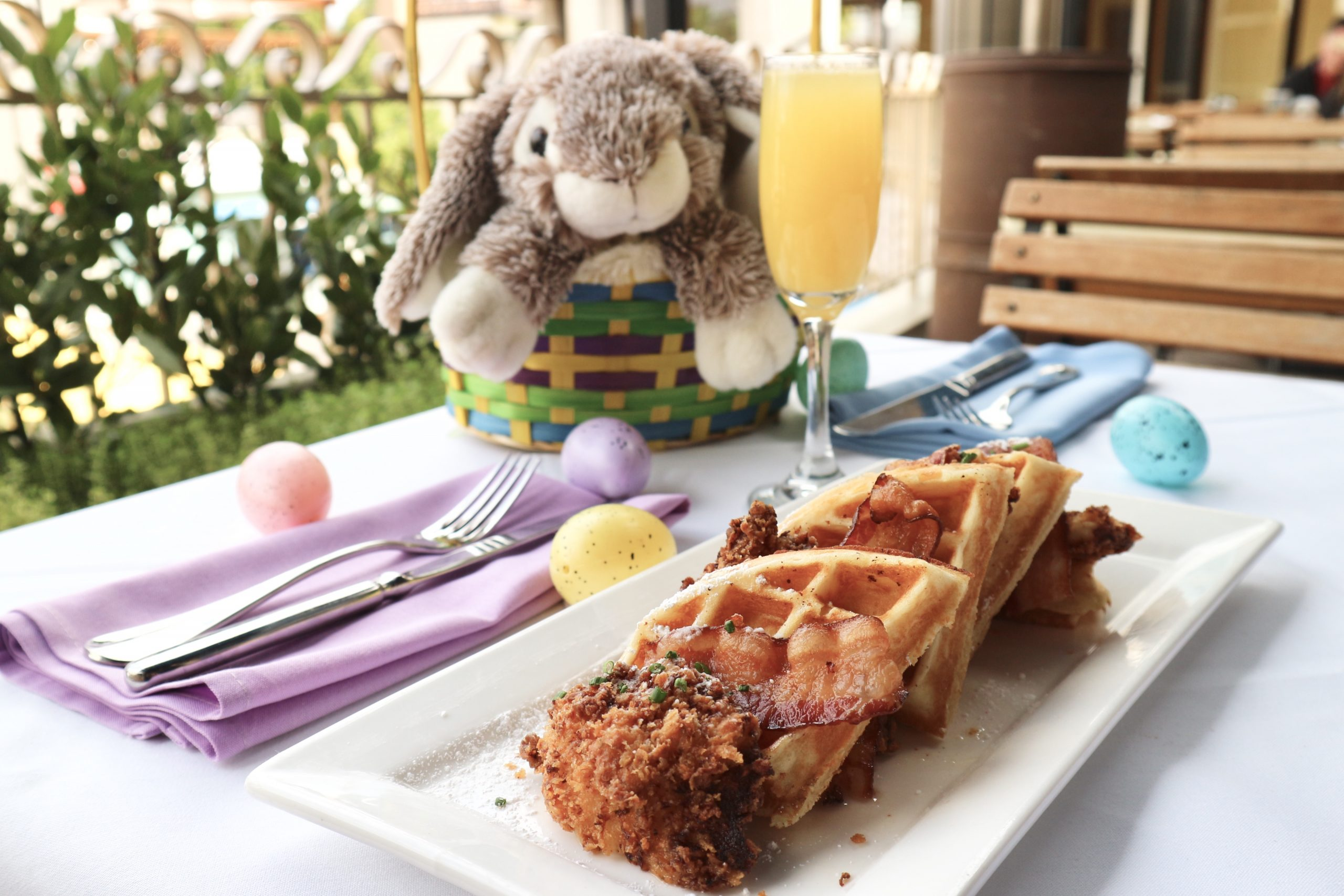 Looking for a great Easter Brunch option? Catal in Downtown Disney has an amazing NEW opportunity to party with the Easter Bunny this year!